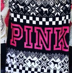 Victorias Secret pink throw 50x60 fleece rare NWT